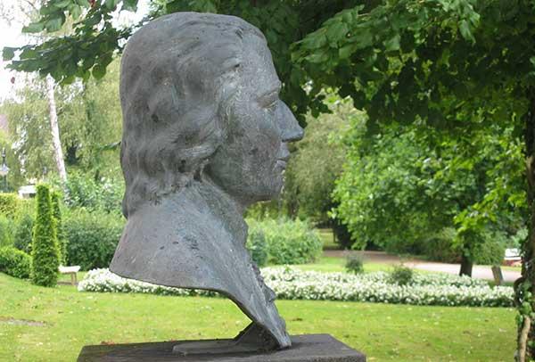 Denkmal Dr. Trampel
