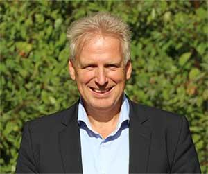 Dr. Bernd Sommer