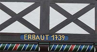 """Rundgang zum Thema """"Hausinschriften"""" Zu einem Ortsrundgang durch Bad Meinberg lädt der Heimatverein Bad Meinberg am Dienstag, 25. April 2017 (14.30 Uhr) ein"""